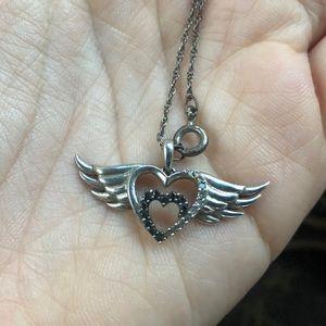 Necklace make an offer ❤️
